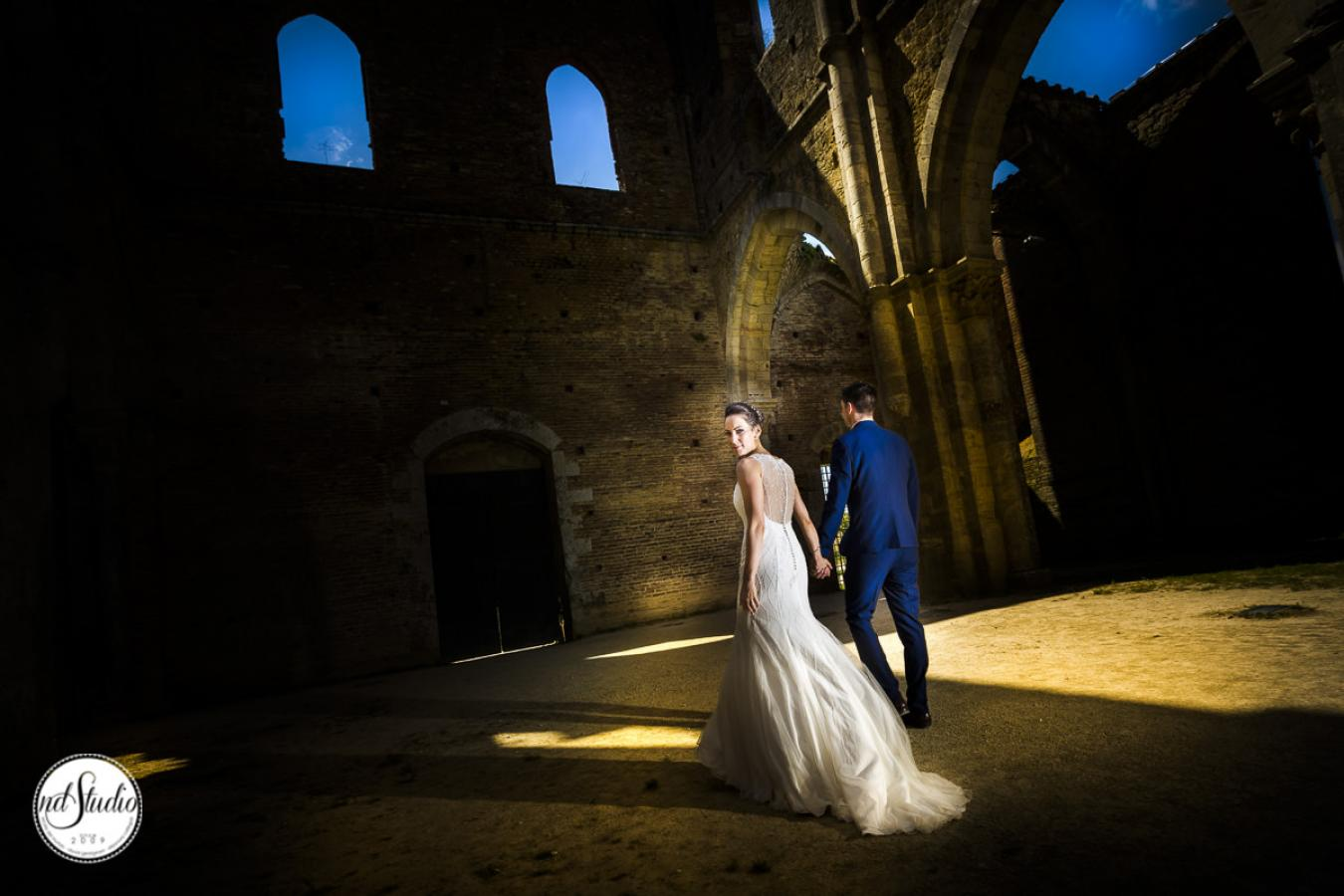 foto 40 Alex and Nicolle - Wedding in San Galgano Abbey