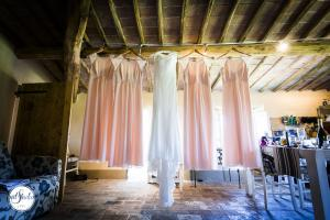 Anteprima 1 Alex and Nicolle - Wedding in San Galgano Abbey